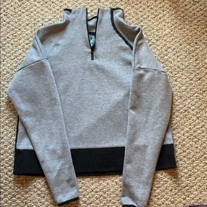 Size large Champion cropped half-zip sweatshirt 🤍
